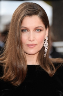 2017_05_21_laetitia_casta_jpg_304_north_499x_white